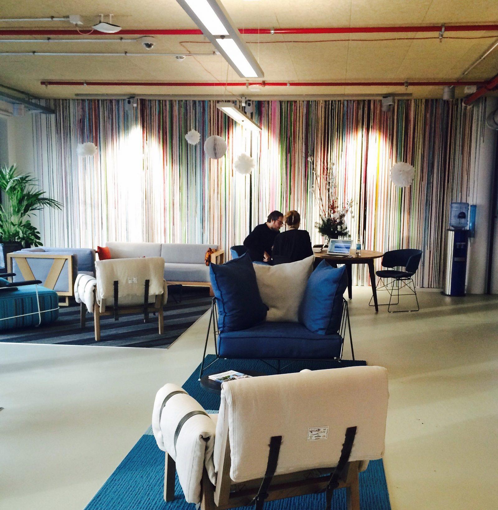 Büro-Atmosphäre bei Facebook Germany