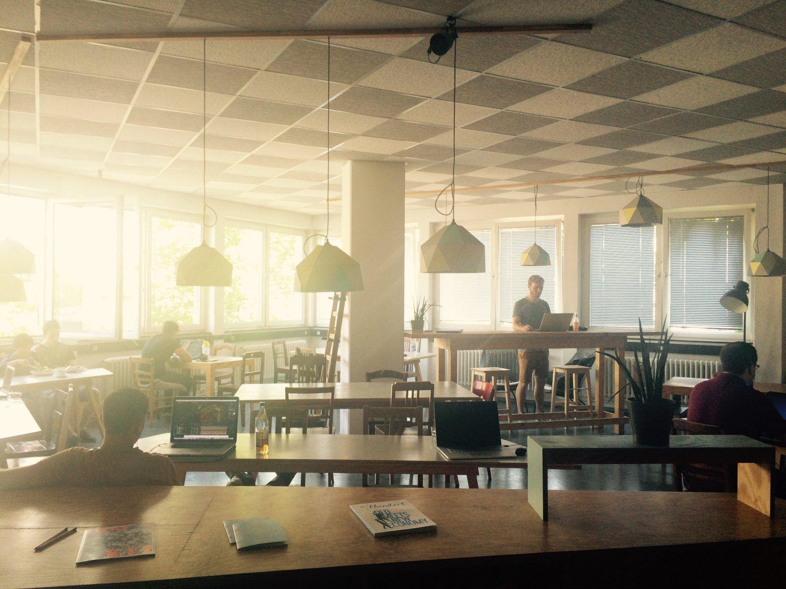 Arbeitsatmosphäre im Betahaus