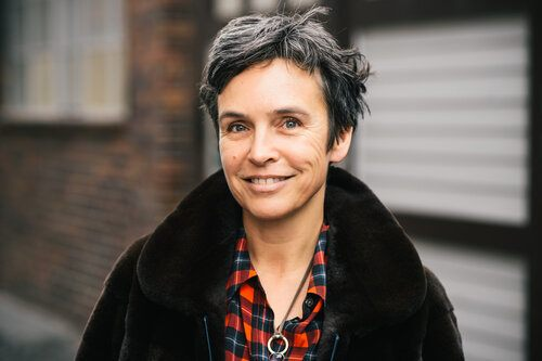 """""""Viele spüren gerade: Einiges stimmt in meinem Arbeitsleben nicht"""" – Ein Gespräch mit Joana Breidenbach"""