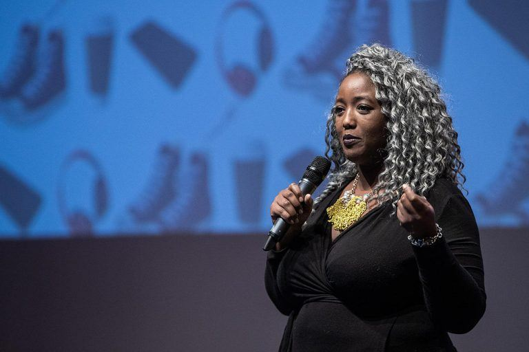 """We want to change the norm"" – Anne-Marie Imafidon bringt Frauen in Tech-Jobs"